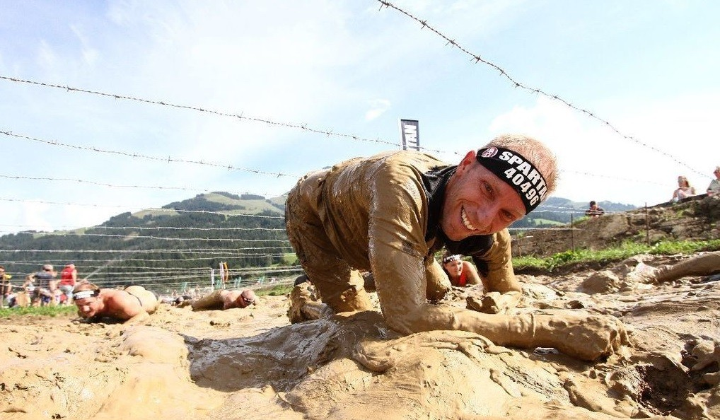Obstacle Course Racing: Hindernislauf mit Matsch